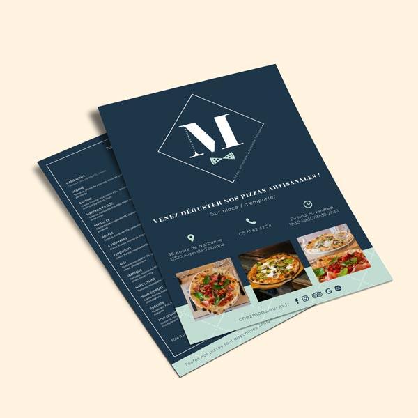Support de communication mockup flyers pizzeria sur fond beige